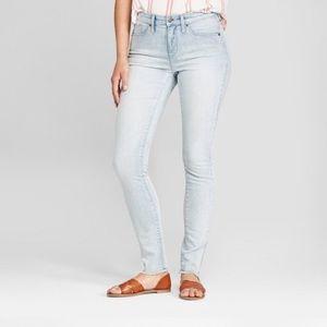 NWT Universal Thread • High Rise Skinny Jean 8